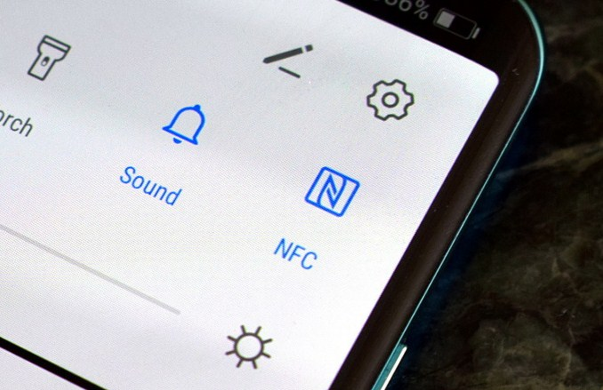 NFC di smartphone android